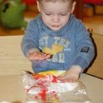 Knutselen - Hamertje-Tik Kinderdagverblijf, Kinderopvang en buitenschoolse opvang in Beijum, Groningen.