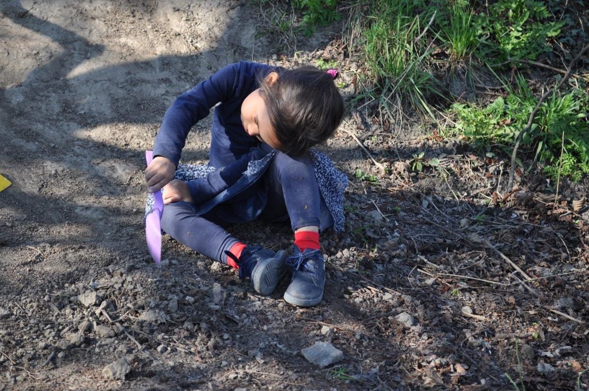 Ontdekken in onze ruime groene tuin - Hamertje-Tik Kinderdagverblijf, Kinderopvang en buitenschoolse opvang in Beijum, Groningen.