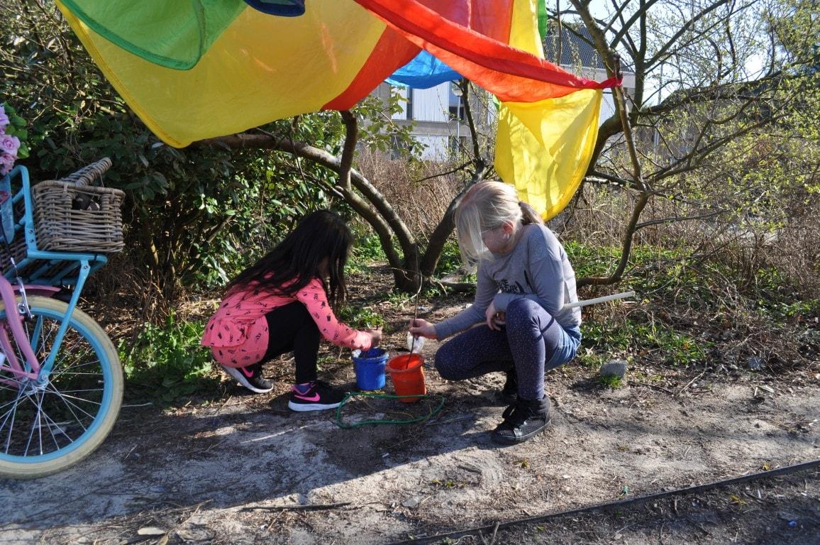 Lekker buitenspelen - Hamertje-Tik Kinderdagverblijf, Kinderopvang en buitenschoolse opvang in Beijum, Groningen.