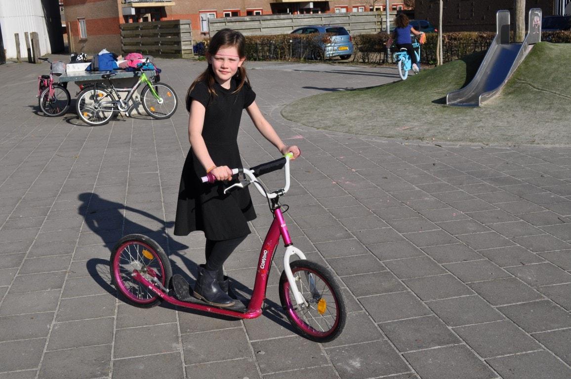 Veilig fietsen in de binnentuin - Hamertje-Tik Kinderdagverblijf, Kinderopvang en buitenschoolse opvang in Beijum, Groningen.